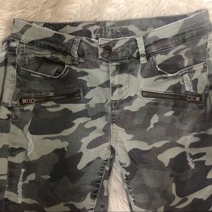 Zara basic 71975 denim camo pants 👖